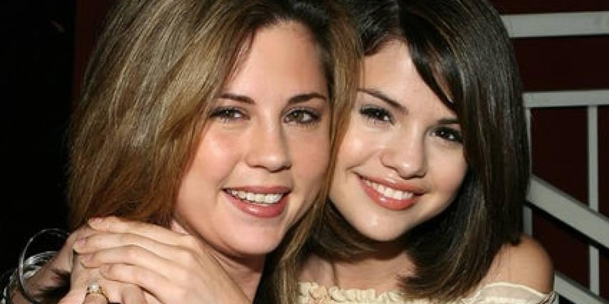 Madre de Selena Gomez impacta con su belleza