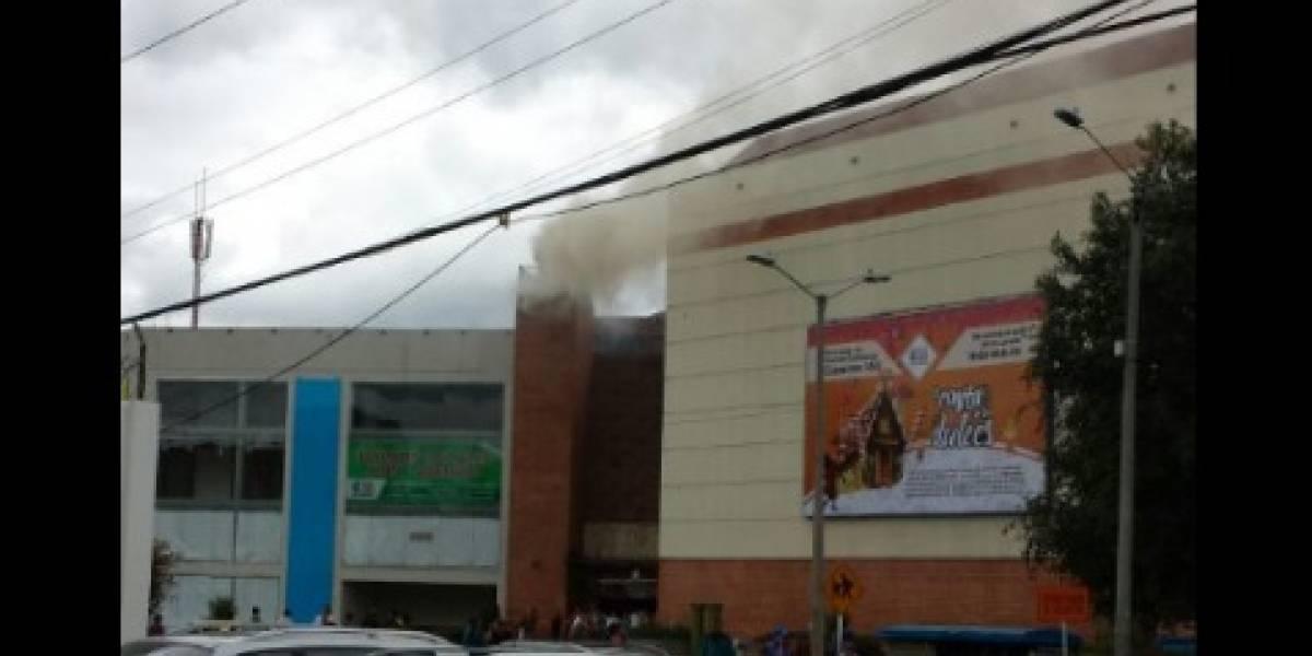 ¡Atención! Reportan explosión en centro comercial en Bogotá