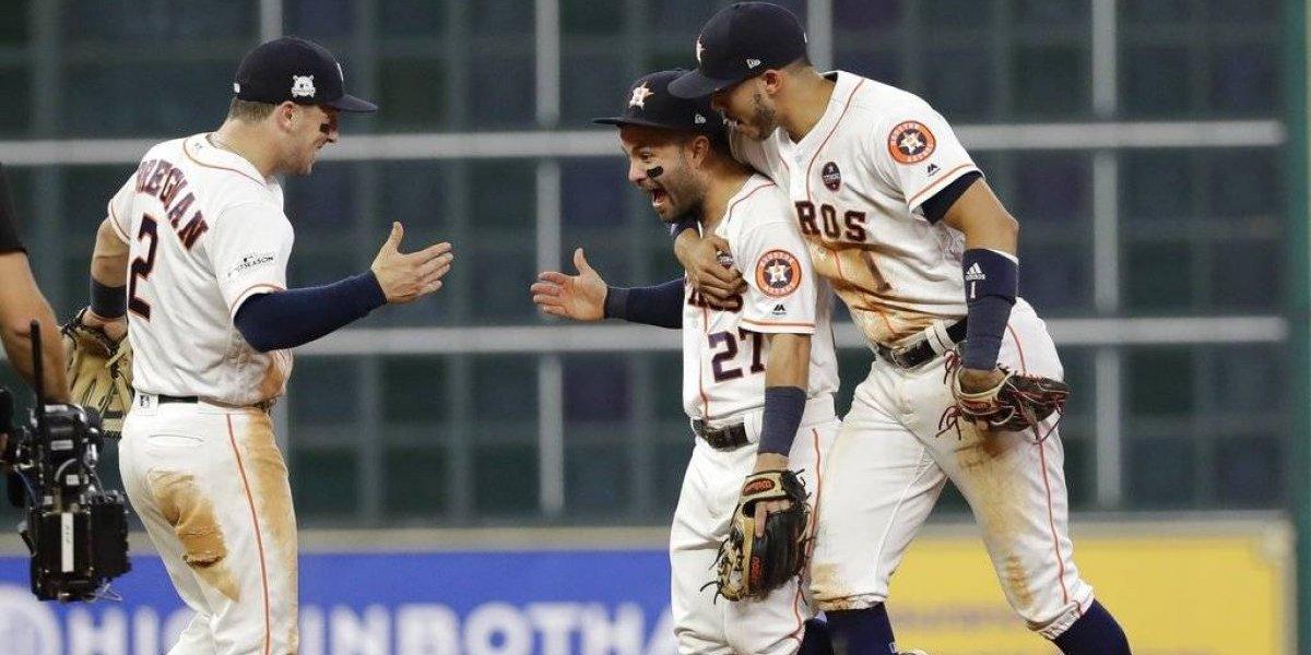 Astros apalea 7-1 a Yanquis y empata la Serie de Campeonato
