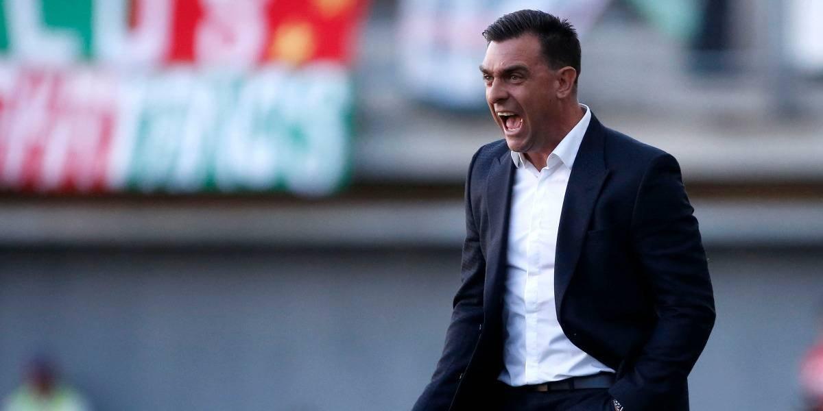 """Guede prefiere la mesura tras la victoria de Colo Colo: """"Es el triunfo de la humildad"""""""