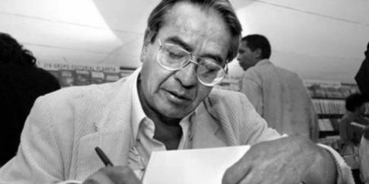 Rinden homenaje a José Agustín en la FIL del Zócalo