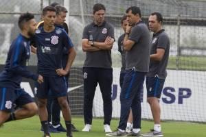 https://www.metrojornal.com.br/esporte/2017/10/21/carille-testa-clayson-e-marquinhos-gabriel-no-time-e-diz-podemos-ter-mudancas.html