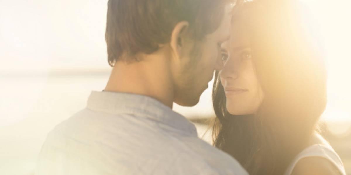 ¿Está enamorado de ti? Estas son 7 señales físicas que te lo revelarán