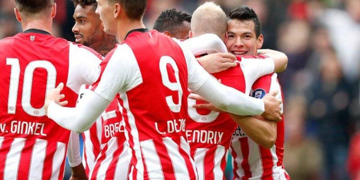 VIDEO: Al ritmo del Cielito Lindo, afición del PSV homenajea a 'Chucky' Lozano