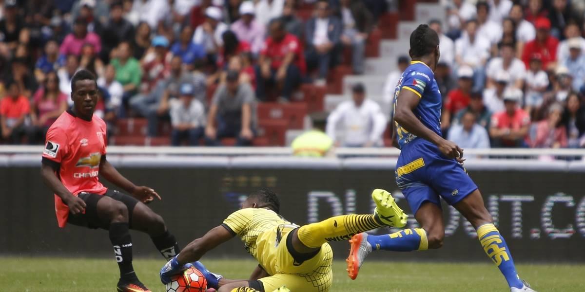 Delfín recibe la goleada del año en el Estadio Rodrigo Paz