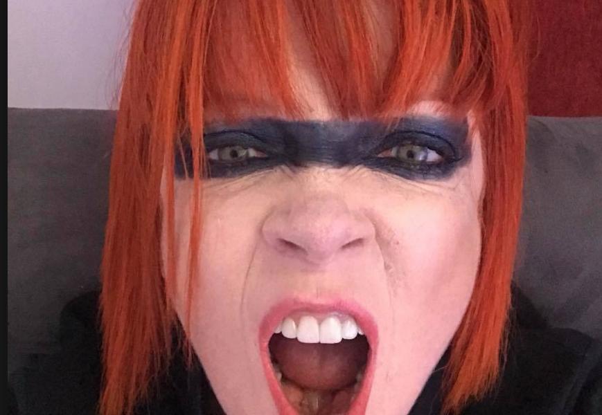 Shirley Manson muestra que no es la mujer perfecta