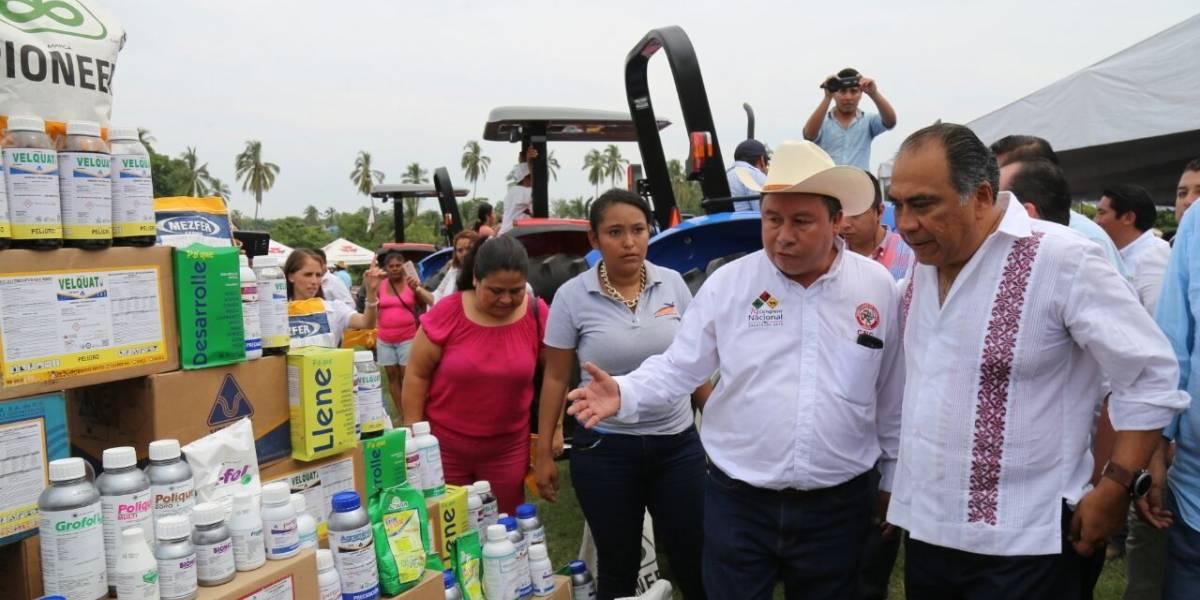 Refrenda Héctor Astudillo su compromiso con el campo guerrerense