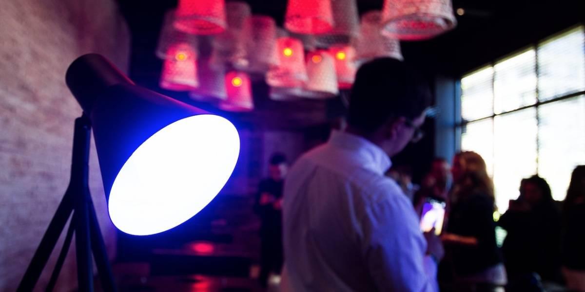 Luz inteligente: Las notificaciones de tus redes sociales, ahora en tus ampolletas
