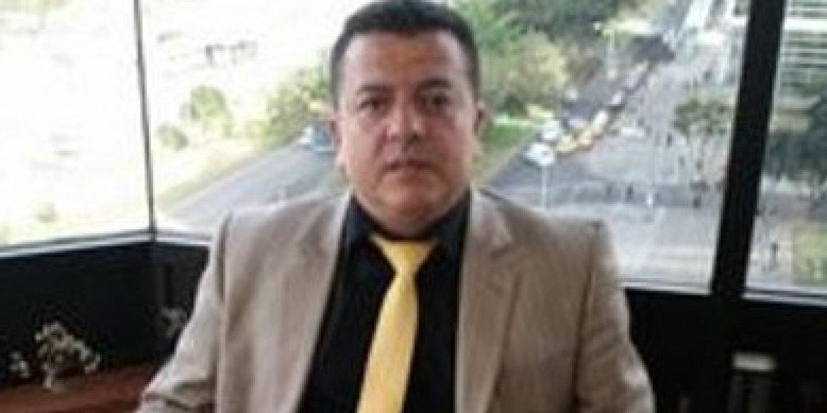 Hugo Ospina lamentó la muerte de un taxista arremetiendo contra Uber y Cabify