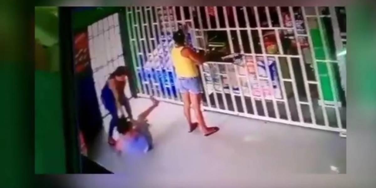 Abuela golpeó brutalmente a su nieta porque cogió unas monedas para comprar dulces