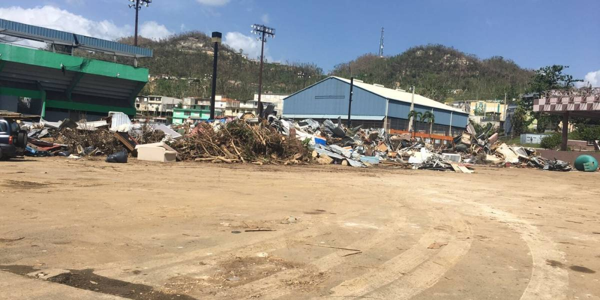Alcalde de Corozal espera tener el pueblo libre de escombros en seis meses