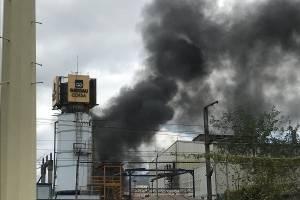 Un herido deja incendio en fábrica de Tultitlán