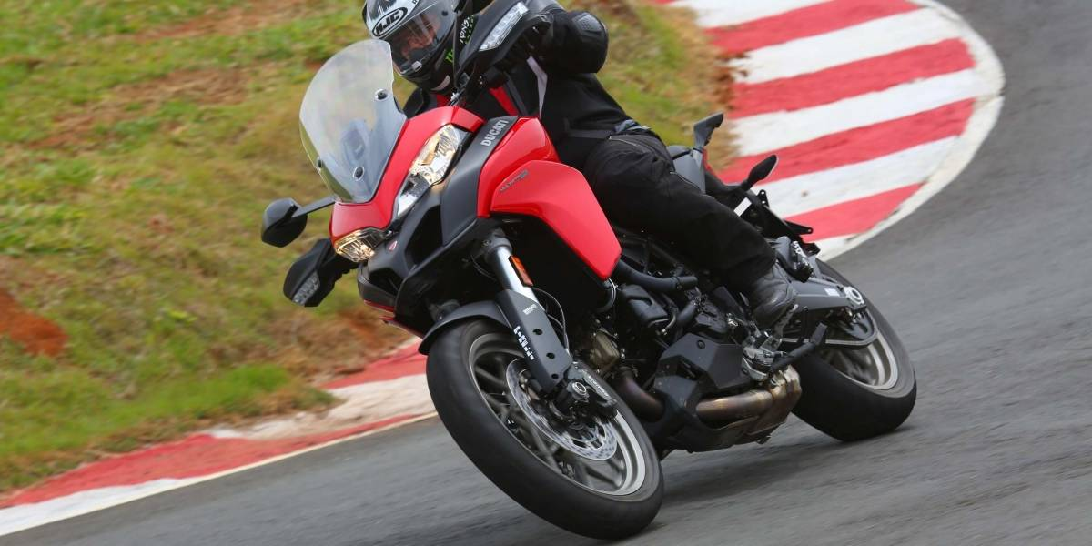 Ducati Multistrada 950: versatilidade para encarar também estradas de terra