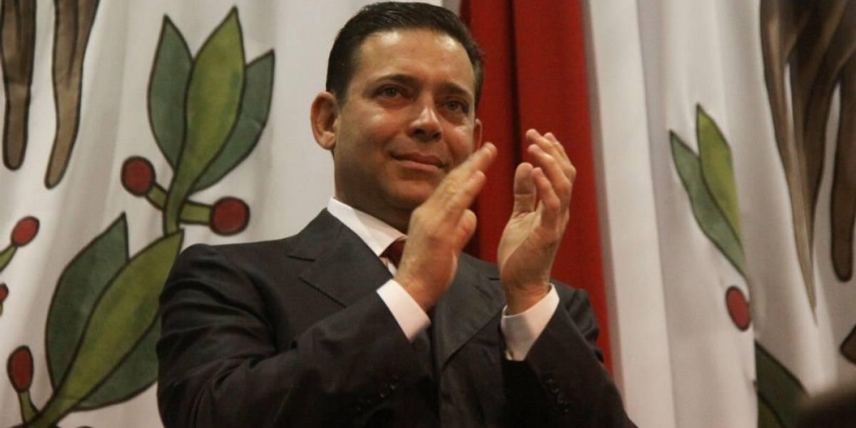 Juez concede amparo contra extradición a Eugenio Hernández