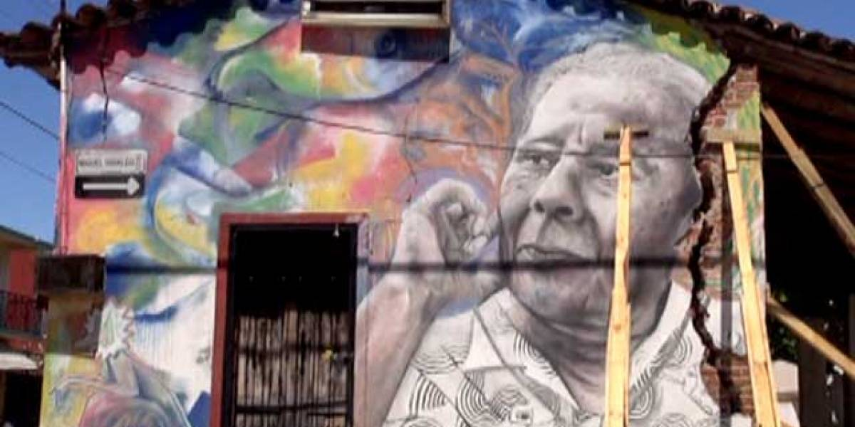 Alegran con murales calles de Juchitán