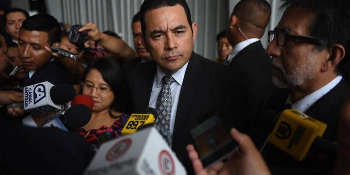 Presidente Jimmy Morales habla sobre su cercanía con alcalde Álvaro Arzú