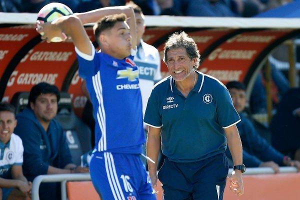 Mario Salas acumula alegrías en la UC jugando ante la U / Foto: Photosport