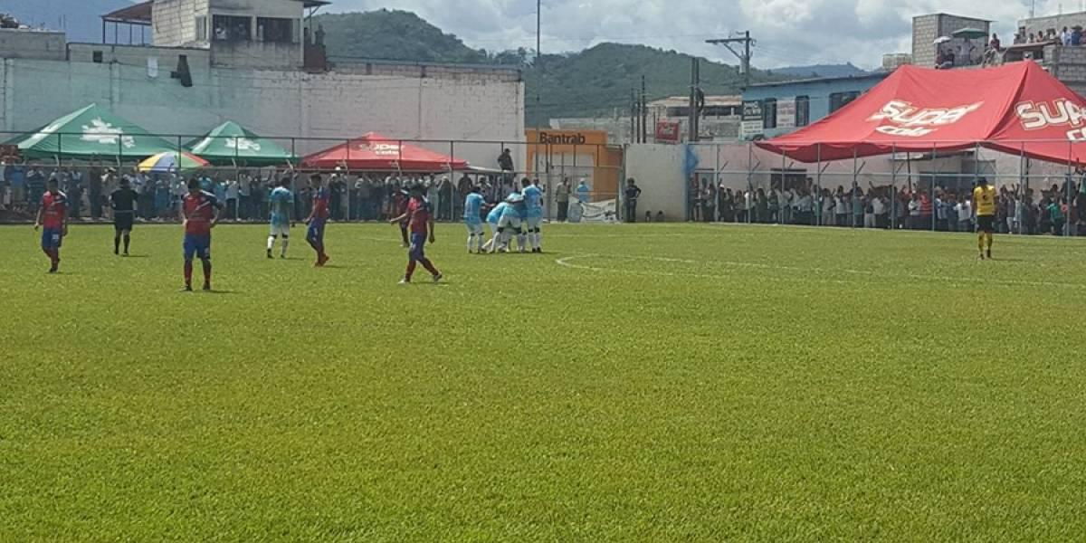 Xelajú resbala frente a Sanarate pero sigue líder en el Apertura 2017