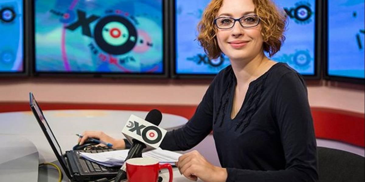 La periodista apuñalada en emisora de Moscú está en coma inducido