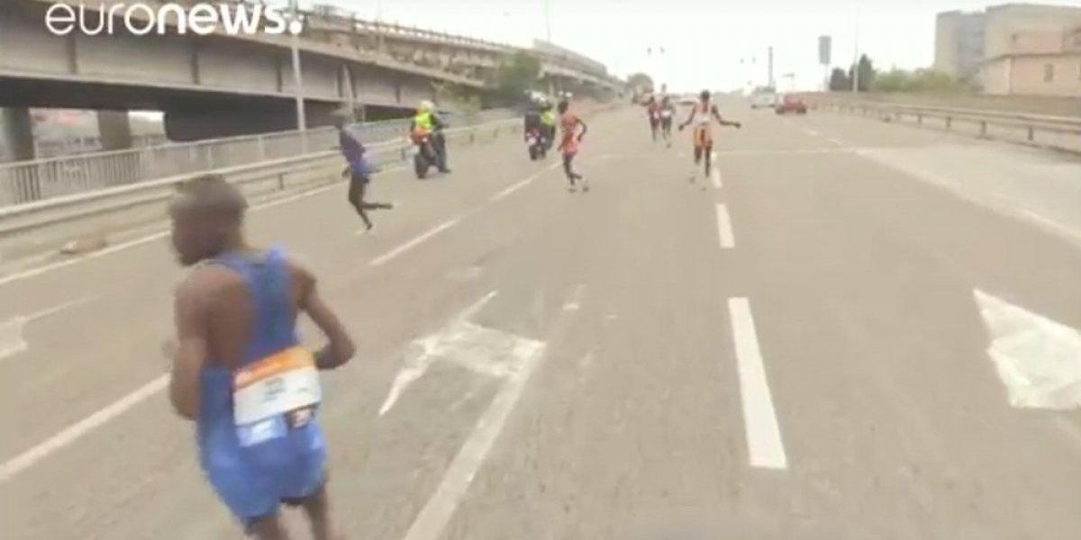 VIDEO: Kenianos toman camino equivocado y pierden maratón de Venecia