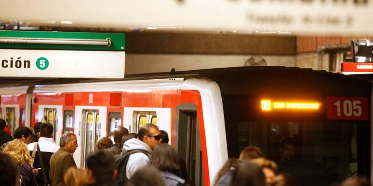 Proponen en Chile vagones de Metro segregados para evitar abusos a mujeres