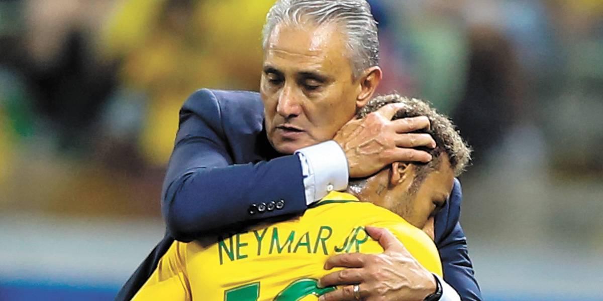 Tite diz que Brasil aproveitou bem os últimos testes e vê time 'sólido' para 2018