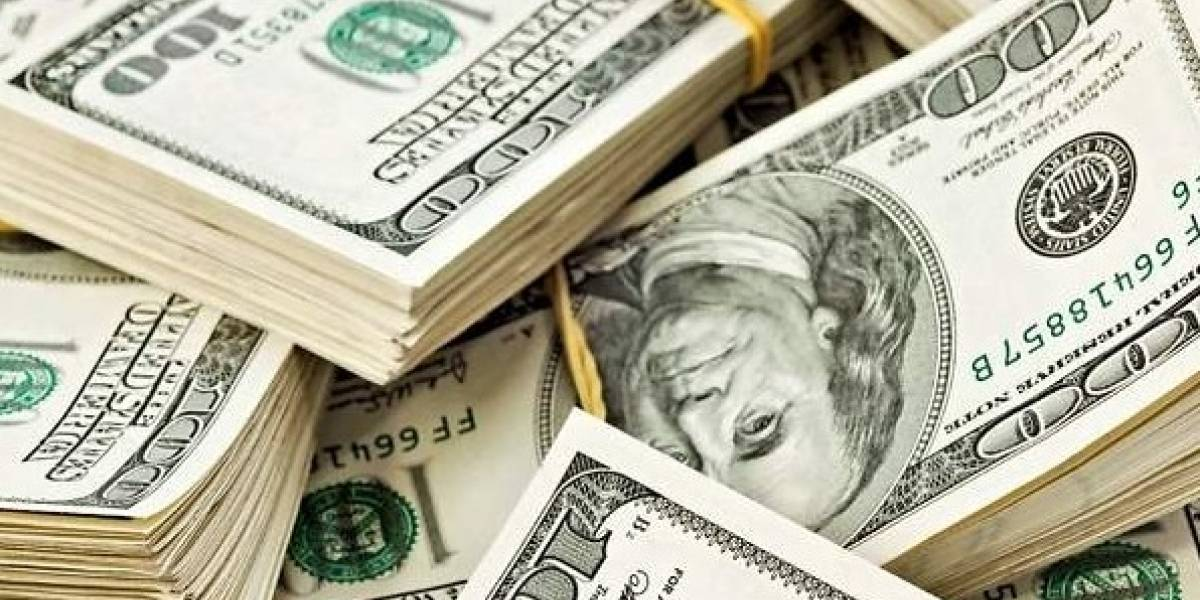 Dólar alcanza 19.57 pesos, nivel más alto en cinco meses