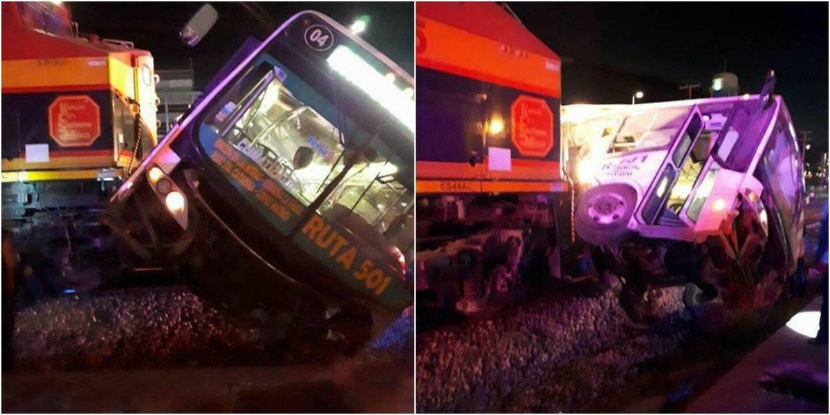 Al menos 20 heridos deja choque entre camión y tren en Nuevo León