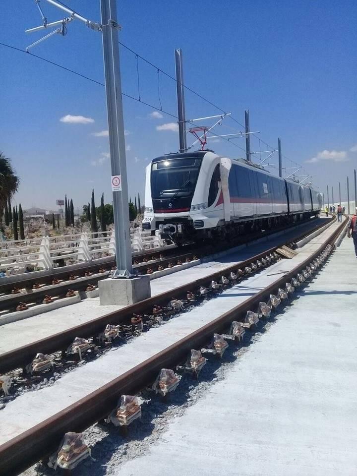Trenes de la Línea 3 realizaron sus primeras pruebas