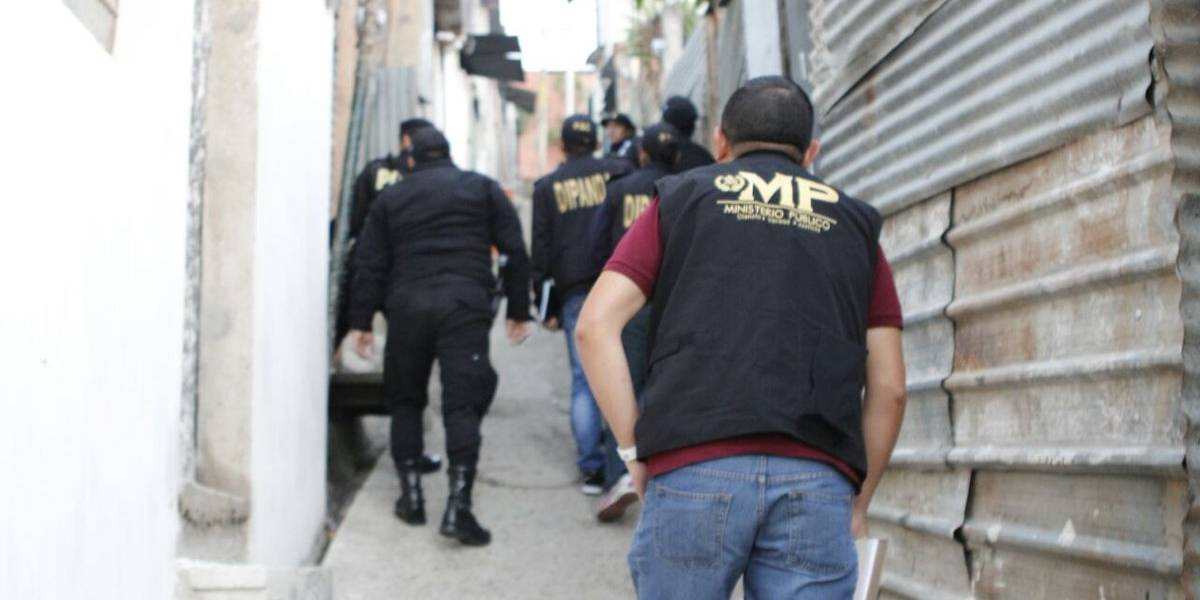 FECI realiza allanamientos en cinco departamentos