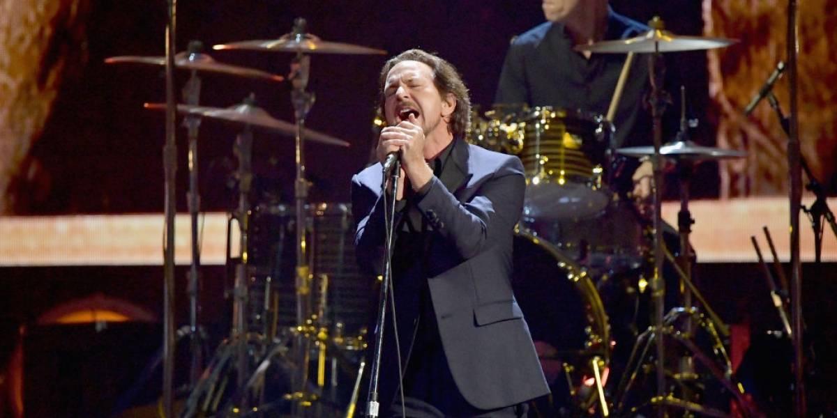 Eddie Vedder fará shows solo em São Paulo em 2018