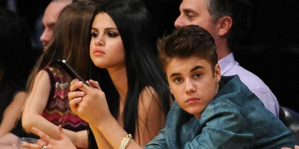 Selena Gomez parabeniza Justin Bieber com foto fofa na web