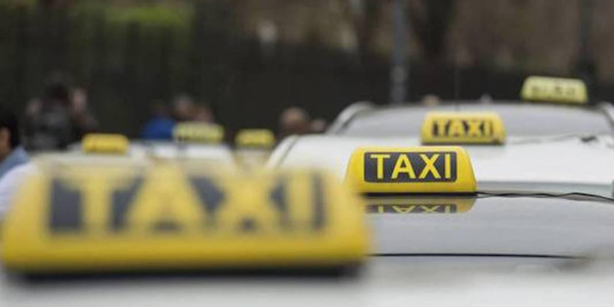 Pedirán antecedentes no penales para conductores de taxis en Puebla