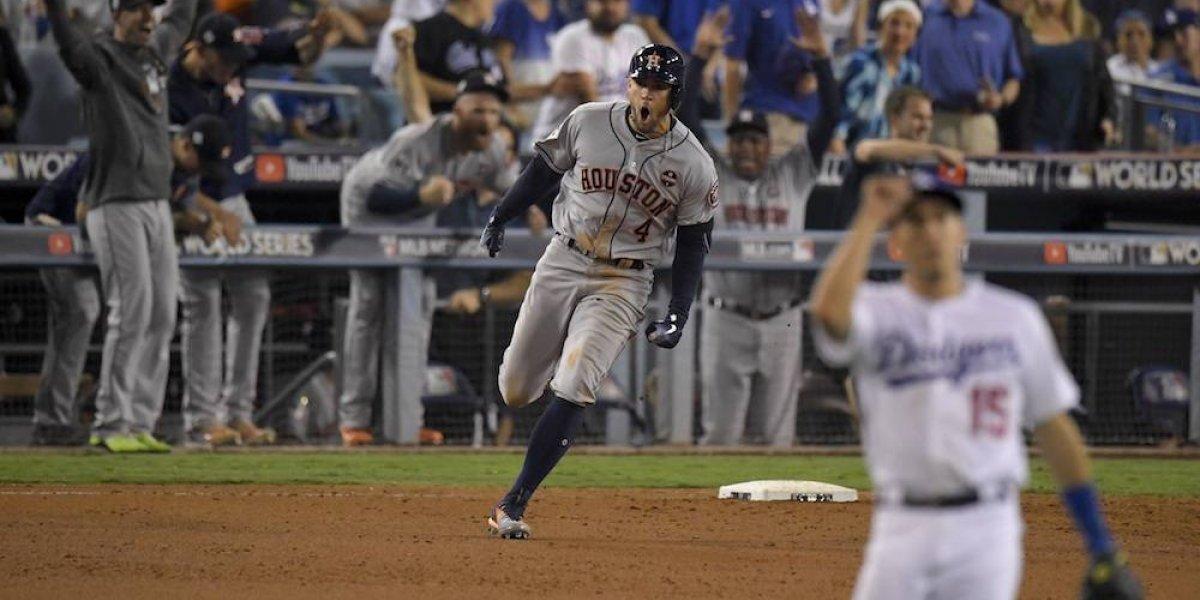 Astros empata la Serie Mundial en festival de batazos