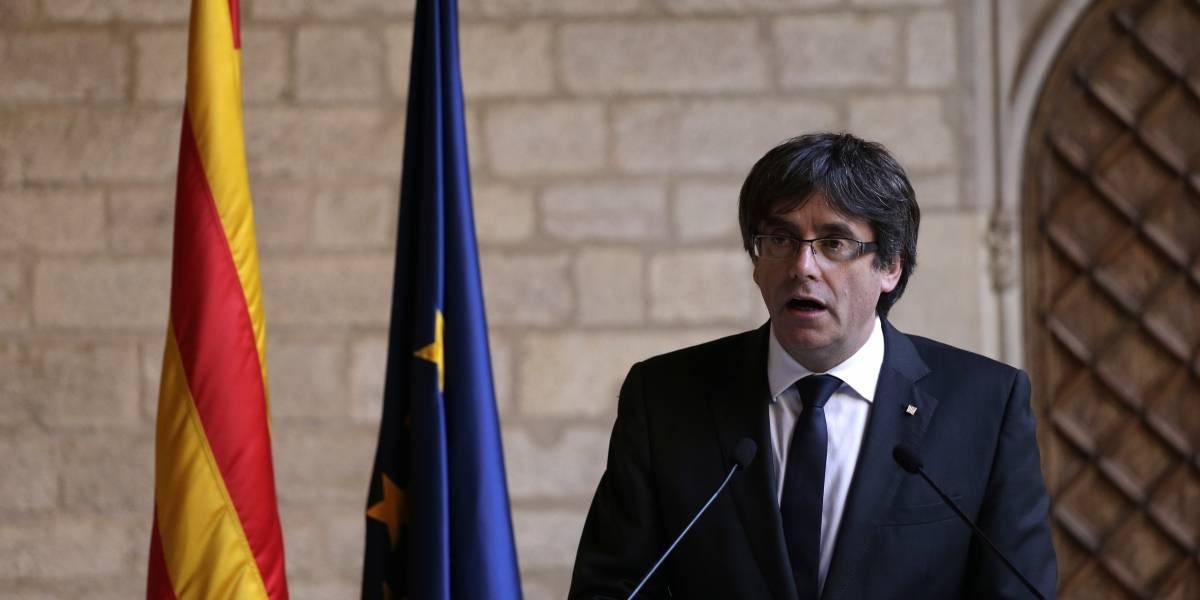 Puigdemont descarta comicios y deja a Parlamento decisión sobre independencia