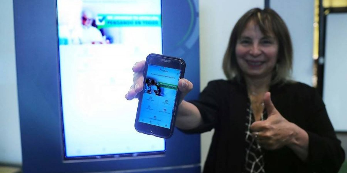 Fonasa lanza aplicación en teléfonos inteligentes para descongestionar las oficinas de atención