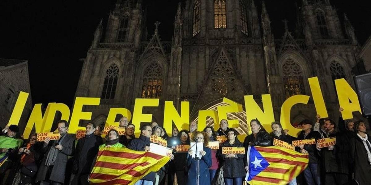 Separatistas presentan resolución para declarar la independencia de Cataluña