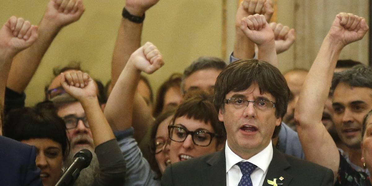 Parlamento de Cataluña declara su independencia de España