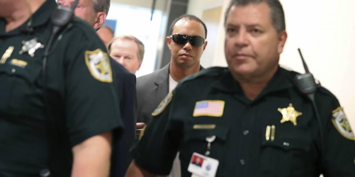 Tiger Woods se declara culpable de conducción temeraria