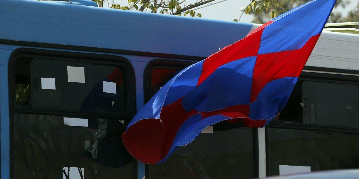 Hincha de la Universidad de Chile muere atropellado por un bus del Transantiago