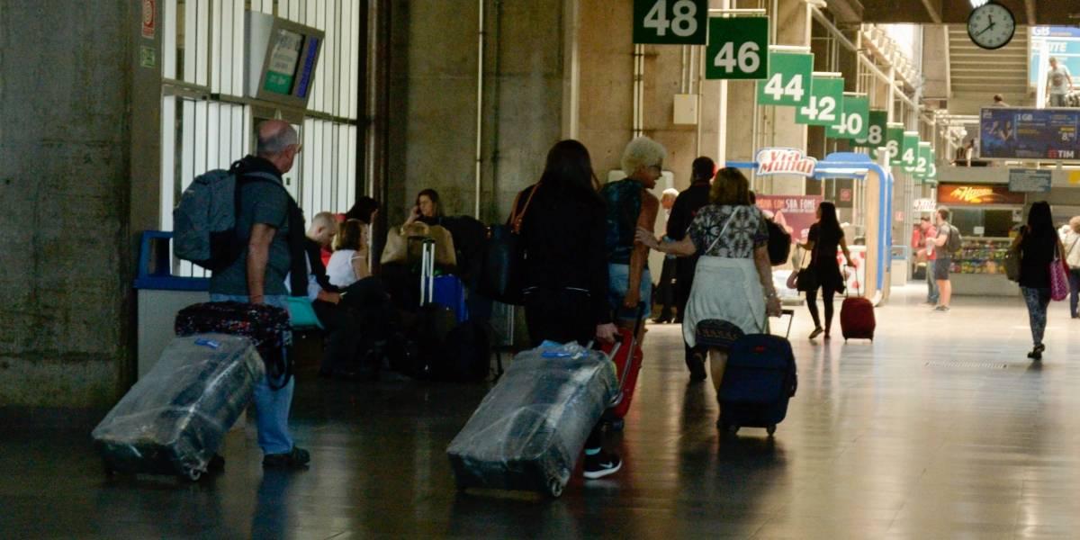 Terminal Tietê é interditado durante a madrugada por suspeita de bomba