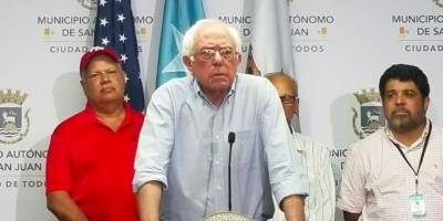 Bernie Sanders en conferencia de prensa