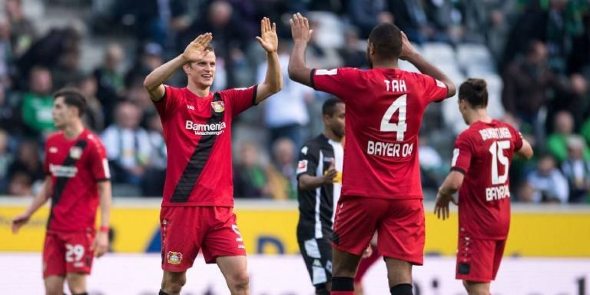 Charles Aránguiz y el Leverkusen siguen escalando en la Bundesliga