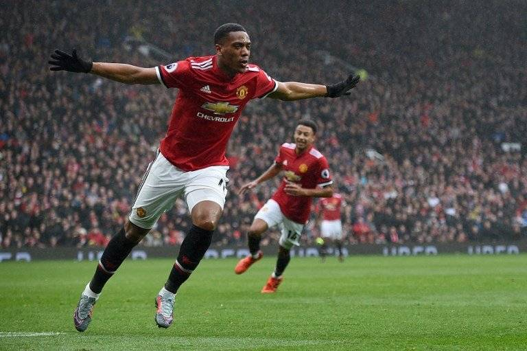 Anthony Martial celebra