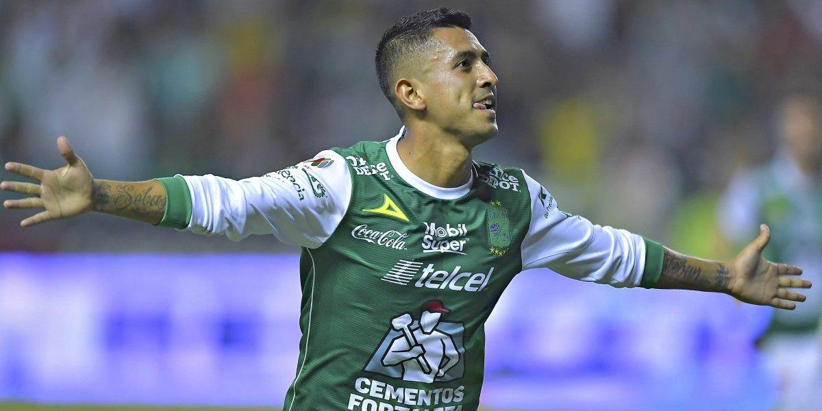 Con doblete de Elías Hernández, el León golea a Veracruz