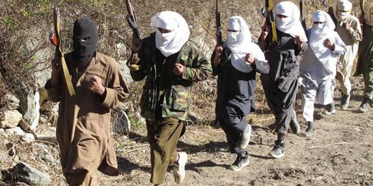 Talibanes matan a nueve policías en Afganistán