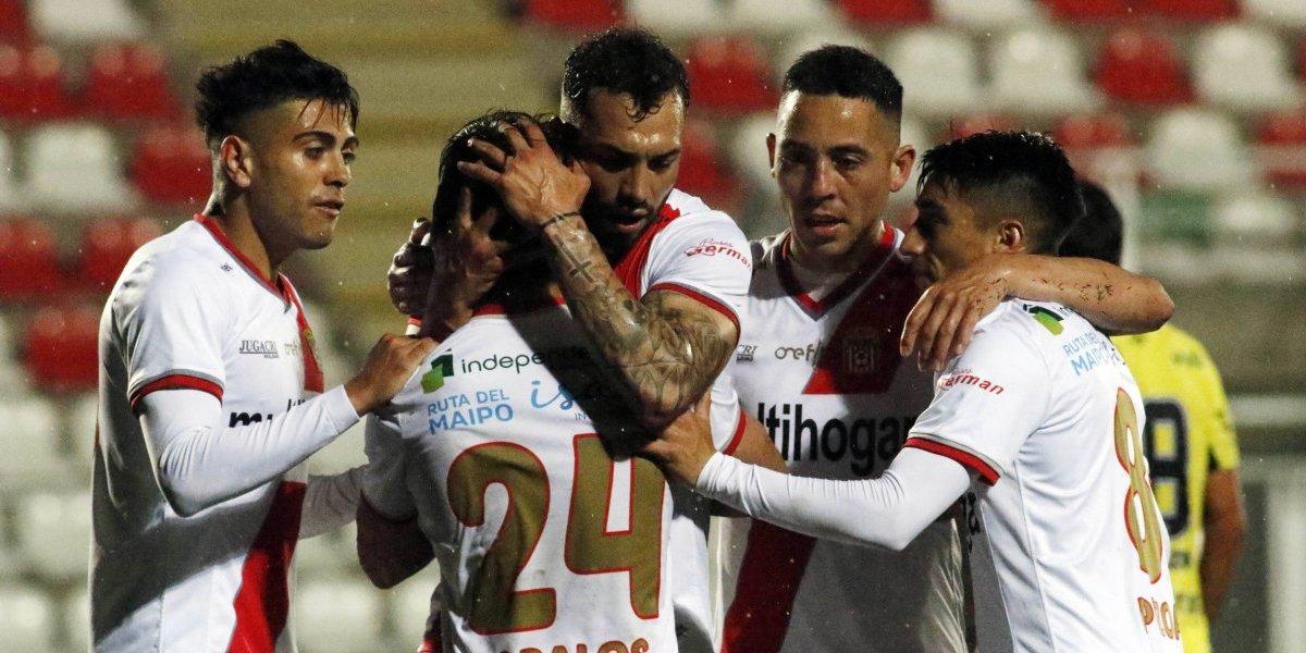 Curicó le ganó a San Luis y complicó el futuro de Palestino y Wanderers en Primera