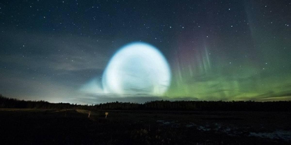 VIDEO. Pobladores de Rusia aterrorizados por enorme esfera en el cielo