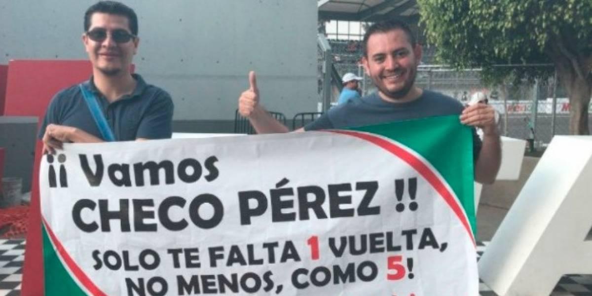 Apoyan a 'Checo' con peculiar mensaje en el GP de México
