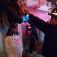 Broma de Halloween a los bomberos en la zona 2